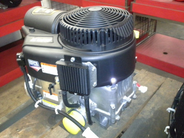 Briggs & Stratton 27 HP 49T877-0025 Commercial Turf Series