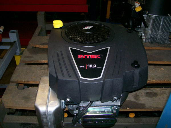 Briggs & Stratton 19 HP 33R877-0029